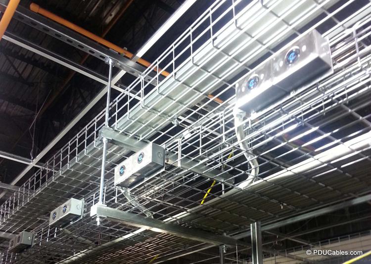 Power Data Center : Mounting hardware for data center power distribution
